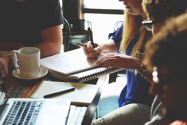 Im Team erarbeiten Trainer und Team gemeinsam eine erfolgreiche Trainingsstrategie.